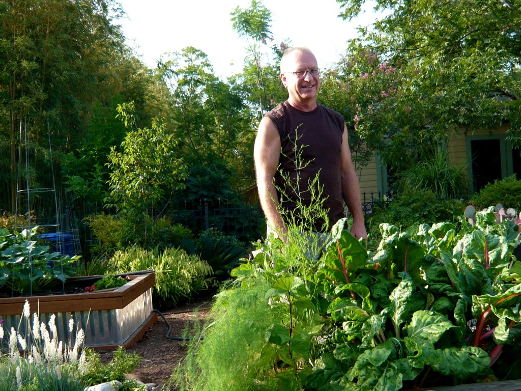 stuart, who makes garden magic in ole san antone...