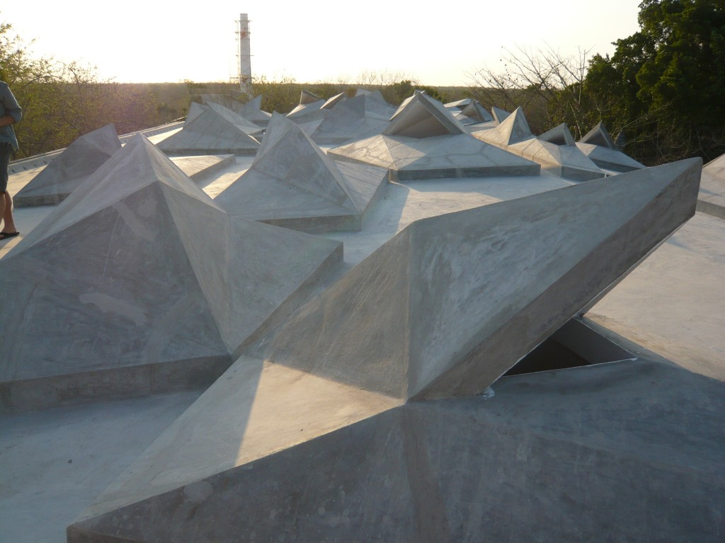 jorge pardo's soon-to-be roof sculpture garden