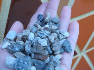 a handful of plain pea gravel - the possibilities!
